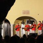 plaza santa Lucia folk show