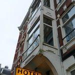 Fachada do hotel 2