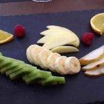 fruits de saison sur ardoise