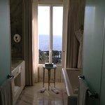Superior sea view suite #304