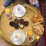 Délicieux petit déjeuné avec des produits frais