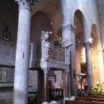 San Bartolomeo in Pantano, interno