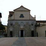 San Bartolomeo in Pantano, facciata