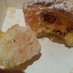 mouldy pineapple tart