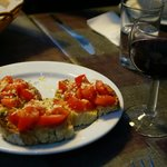 Maria's 3 course meal (appetizer) - wine included. 8€ only