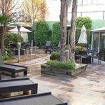 La carpa es donde se sirven los almuerzos y esta es su terraza interior: Magnífica!!
