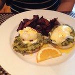 Spinach/Artichoke Eggs Benedict