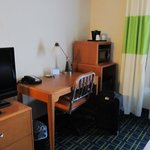 Room 326-TV/Desk