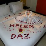 Ozz Hotel Kuta Foto