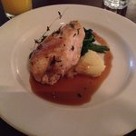 Chicken breast, crushed potatoes and wilted spinach