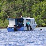 Zeer behulpzame en bekwame instructeurs en crew, ook op de boot...