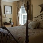 The bright and comfy Sunlight Serenade guest room