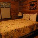 The bedroom in Cabin 8