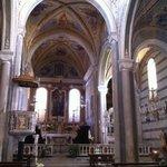 San Pietro a Corniglia, interno verso il coro