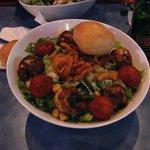 """Salada """"Seasar"""" (com camarões)"""