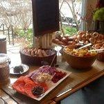 wonderful morning breakfast at the buttermilk inn