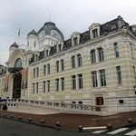 Savoy Hotel Evian и дворец братьев Люмьер