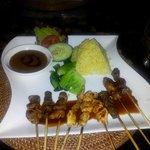 una cena (restaurante indonesio)