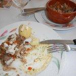 le plat et sa reserve dans le poelon