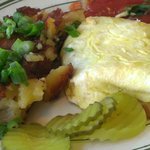 Veggie Omelet and Potatoes