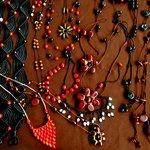 Artesania elaborada por mujeres de las comunidades