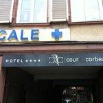 Cour Du Corbeau Hotel