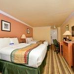 Two Queen Bed Room Deluxe
