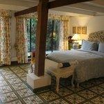 Ein Schlafzimmer in 2 Schlafzimmer Villa