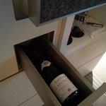 Prestigue suite - wine drawer
