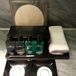 Prestigue suite - Hermes shampoo