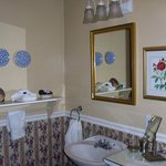 Leopold room's bathroom