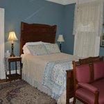 Brackenridge House - Bedroom