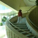 Escalera en el Lobbi