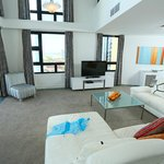 2 Bedroom Penthouse living
