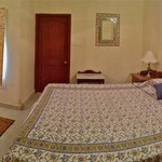 Ladkhani Suite