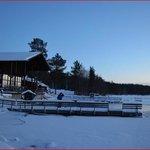 vista general del spa y lago helado