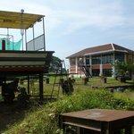 Gezicht op Baan vanaf de oude scheepswerf