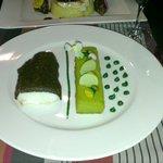 Le merlu en croûte d'herbe, polenta pistache