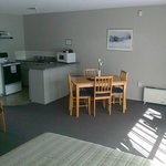 Kitchen/Dining - 1 Bedroom Family Unit