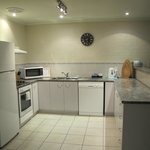 Fully self contained kitchen with stove,dishwasher & microwave