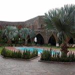 la cour intérieure et la piscine