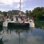 Tomando el catamaran en Santa Lucia