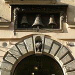 Campane come riconoscimento del palazzo