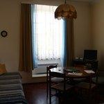 Гостиная в двухкомнатных апартаментах