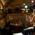 Nadine Axisa / live jazz evening