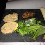Foie gras et figues et Confit oignon