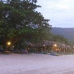 het resort vanaf het strand