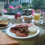 The pleasant breakfast room at the Euro Hotel.