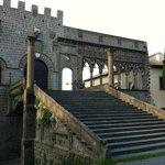 Rione San Pellegrino, Loggia dei Papi