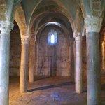 San Pietro a Tuscania, cripta